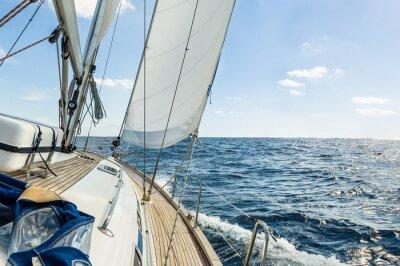 Плакат Яхта парус в Атлантическом океане в солнечный день круиза