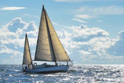 Плакат Яхта парусная в солнечный день в Рижском заливе
