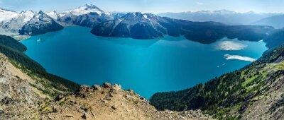 Наклейка Альпийское озеро и заснеженные горы