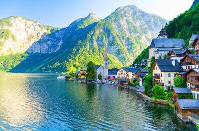 Наклейка Удивительно маленькая альпийская деревня хальштаттскому, Австрия