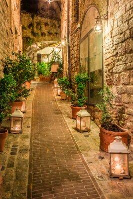 Наклейка Красивые украшенные улицы в небольшом городке в Италии, Умбрия