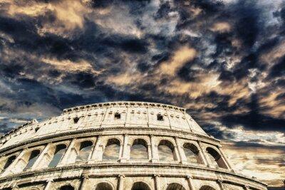 Наклейка Красивое небо над Колизей в Риме
