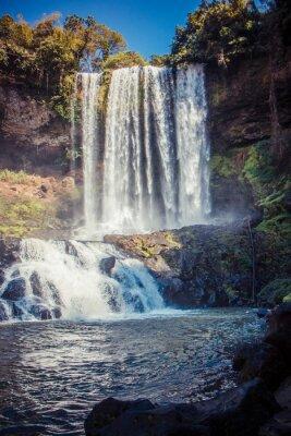 Наклейка большой красивый водопад в парке Dambri, Вьетнам