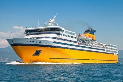 Наклейка Большой желтый пассажирский паром идет на море