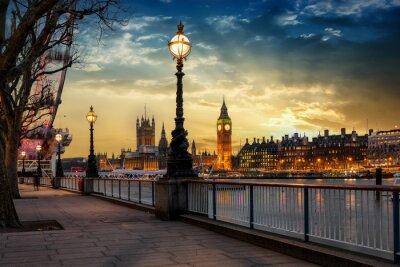 Наклейка Вы можете увидеть их в Биг-Бен-Турме и Вестминстерском Паласе в Лондоне. Großbritannien
