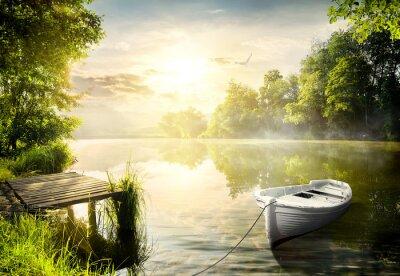 Наклейка Лодка на берегу