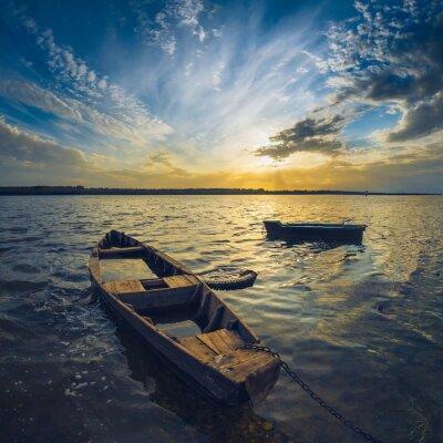 Наклейка Лодки на реке Волге