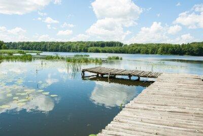 Наклейка Мост через озеро в солнечный день