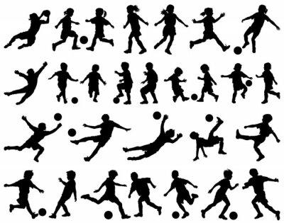 Наклейка Дети играют в футбол векторных силуэтов