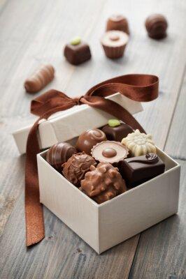 Наклейка шоколадные конфеты