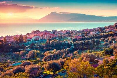Наклейка Красочный весенний закат в деревне Solanto