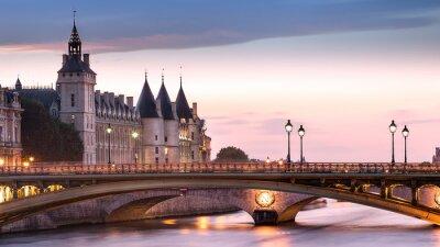Наклейка Консьержери Париж Франция