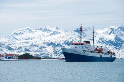 Наклейка Корабль в Антарктиде