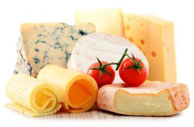 Наклейка Различные виды сыра на белом фоне