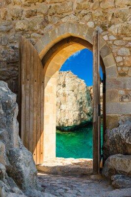Наклейка дверь море