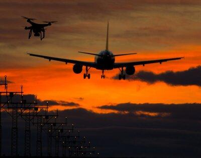 Наклейка Drone летать рядом коммерческих самолетов