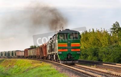 Наклейка Грузовой поезд буксируется тепловоза. Белорусская железная дорога