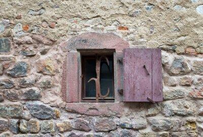 Наклейка Французские окна с закрытыми старые средневековые деревянные ставни в
