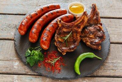 Наклейка Жареные сосиски и стейк на кости барбекю