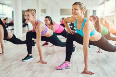 Наклейка Здоровые и подходят женщины делают фитнес