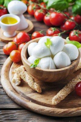 Наклейка Итальянский сыр моцарелла с помидорами и базиликом