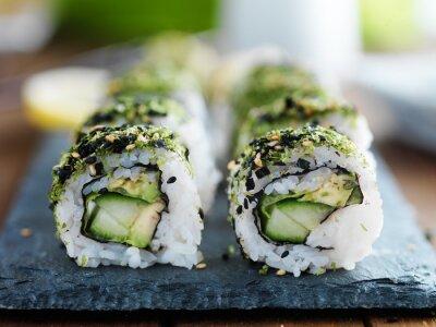 Наклейка капуста, авокадо и огурец суши