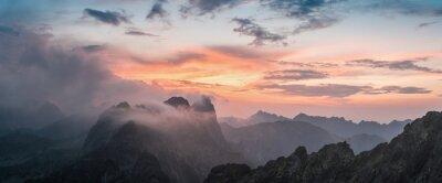 Наклейка Majestic Закат с видом на горы