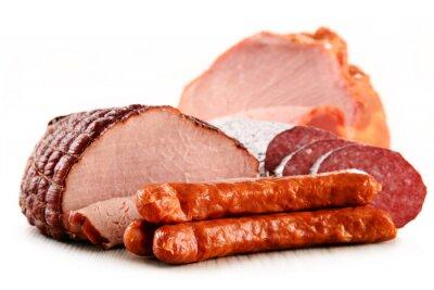 Наклейка Мясные продукты, включая ветчину и колбасы, изолированные на белом