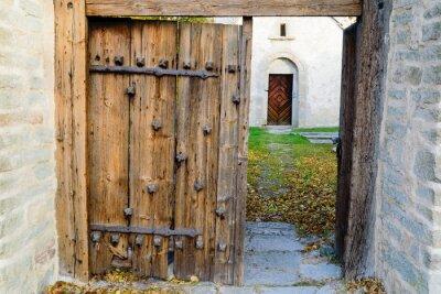 Наклейка Средневековая церковь