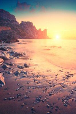Наклейка Утро на море