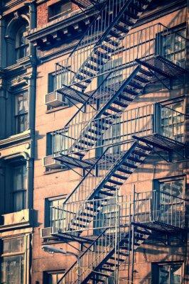 Наклейка Внешние металлические Пожарная лестница лестницы, Нью-Йорк, старинный процесс