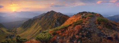 Наклейка Панорама гор на рассвете