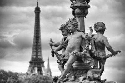 Наклейка Париж Франция Эйфелева башня со статуями Херувимов