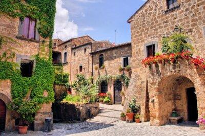 Наклейка Живописный уголок причудливый горный город в Италии