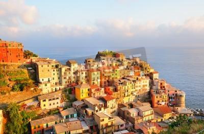 Наклейка Picturesque sunset in colorful Manarola village (Cinque Terre, Italy)
