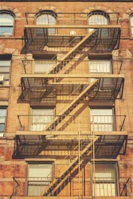 Наклейка Ретро стиль фото здания с пожарной лестницы лестницы, Нью-Йорк.