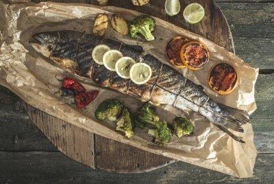 Наклейка Жареный лосось и овощи