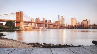 Наклейка Живописный закат Нью-Йорка от берега реки