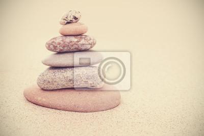 Наклейка Сепия ретро стилизованная каменная пирамида на песке, гармонии и равновесия