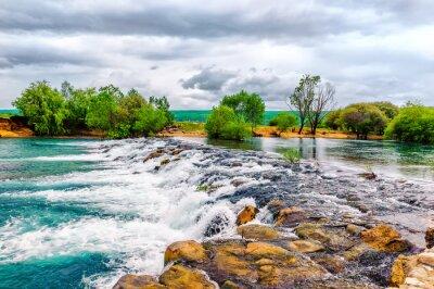 Наклейка Небольшой ручей и водопад в сохранившейся природой