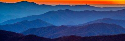 Наклейка Смоки гора закат