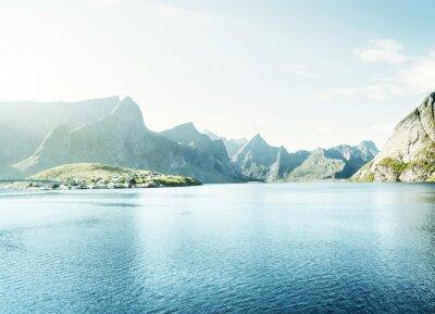 Наклейка весенний закат - Reine, Лофотенские острова, Норвегия