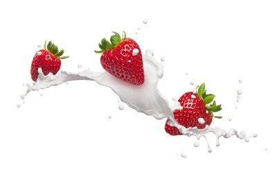 Наклейка strawberries with milk splash