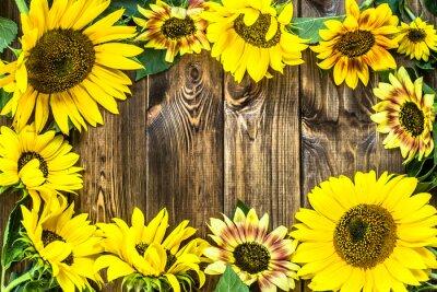 Наклейка Подсолнухи на деревенском фоне дерева. Цветы фоны.