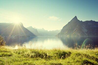 Наклейка Закат на Лофотенских островах, Норвегия