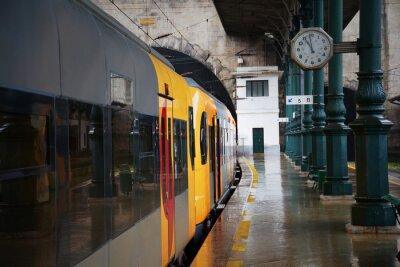 Наклейка Поезд на станции