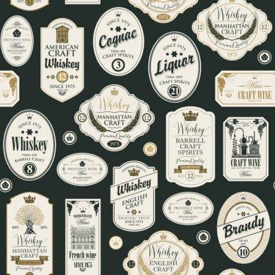 Наклейка Вектор бесшовные модели с коллажем этикеток для различных алкогольных напитков в стиле ретро с надписями виски, ликер, коньяк, вино, бренди.