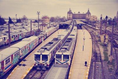 Наклейка Урожай вид железнодорожного вокзала Hardarpasa с неиспользуемых старых граффити на заброшенной поездов линии в Стамбуле