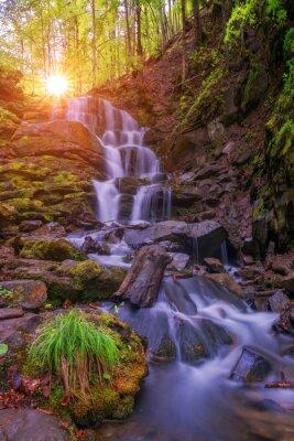 Наклейка водопад