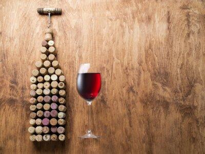 Наклейка Винные пробки в форме бутылки вина.